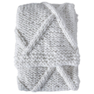 Cable Knit Diamond Throw Cream