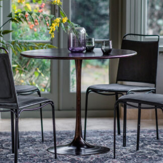 Kinnitty Round Dining Table